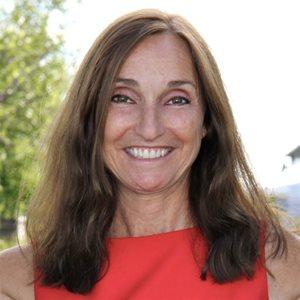 head shot of Joan Prowse