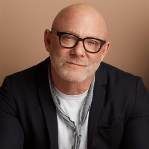head shot of David Collins
