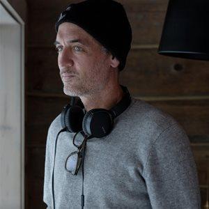 head shot of Michael McGowan