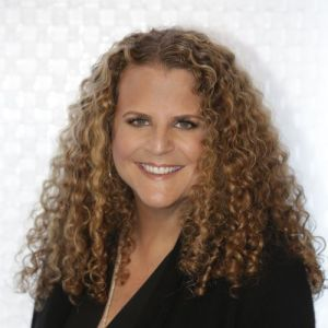 head shot of Allison Grodner