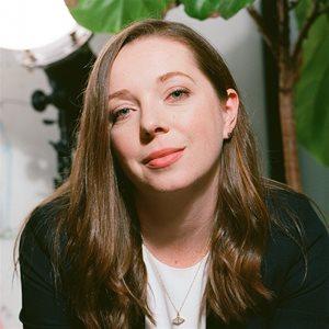 head shot of Lauren Grant