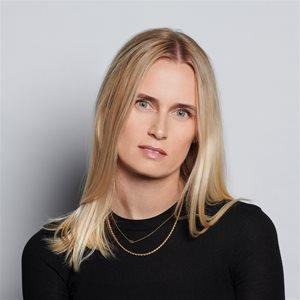 head shot of Michelle Byars