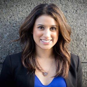 head shot of Nicole Silveira