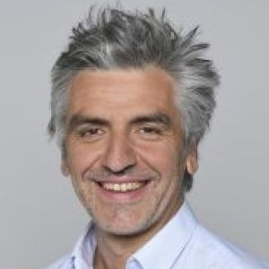 head shot of Médéric Albouy