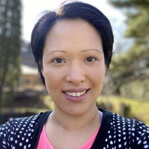 head shot of Denise Lee