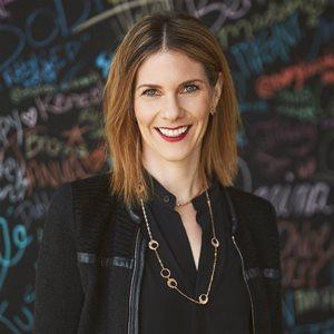 head shot of Rebecca Glashow