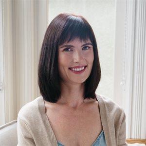 head shot of Fiona Rayher
