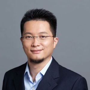 head shot of Jeffrey Li