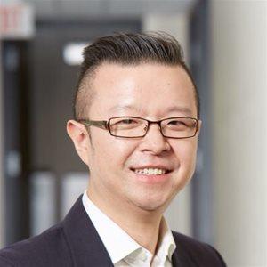 head shot of Lu Han