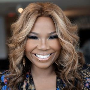 head shot of Mona Scott-Young