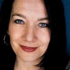 head shot of Nicolette Saina