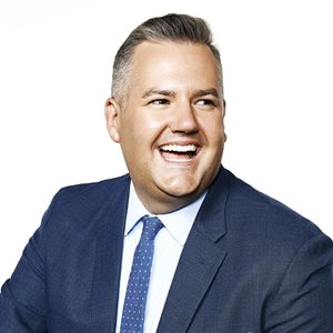 head shot of Ross Mathews