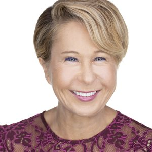 head shot of Yeardley Smith