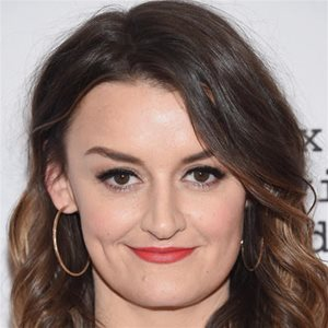 head shot of Alison Wright