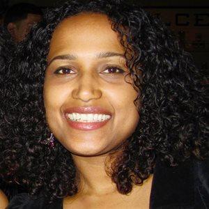 head shot of Wendy Llinas